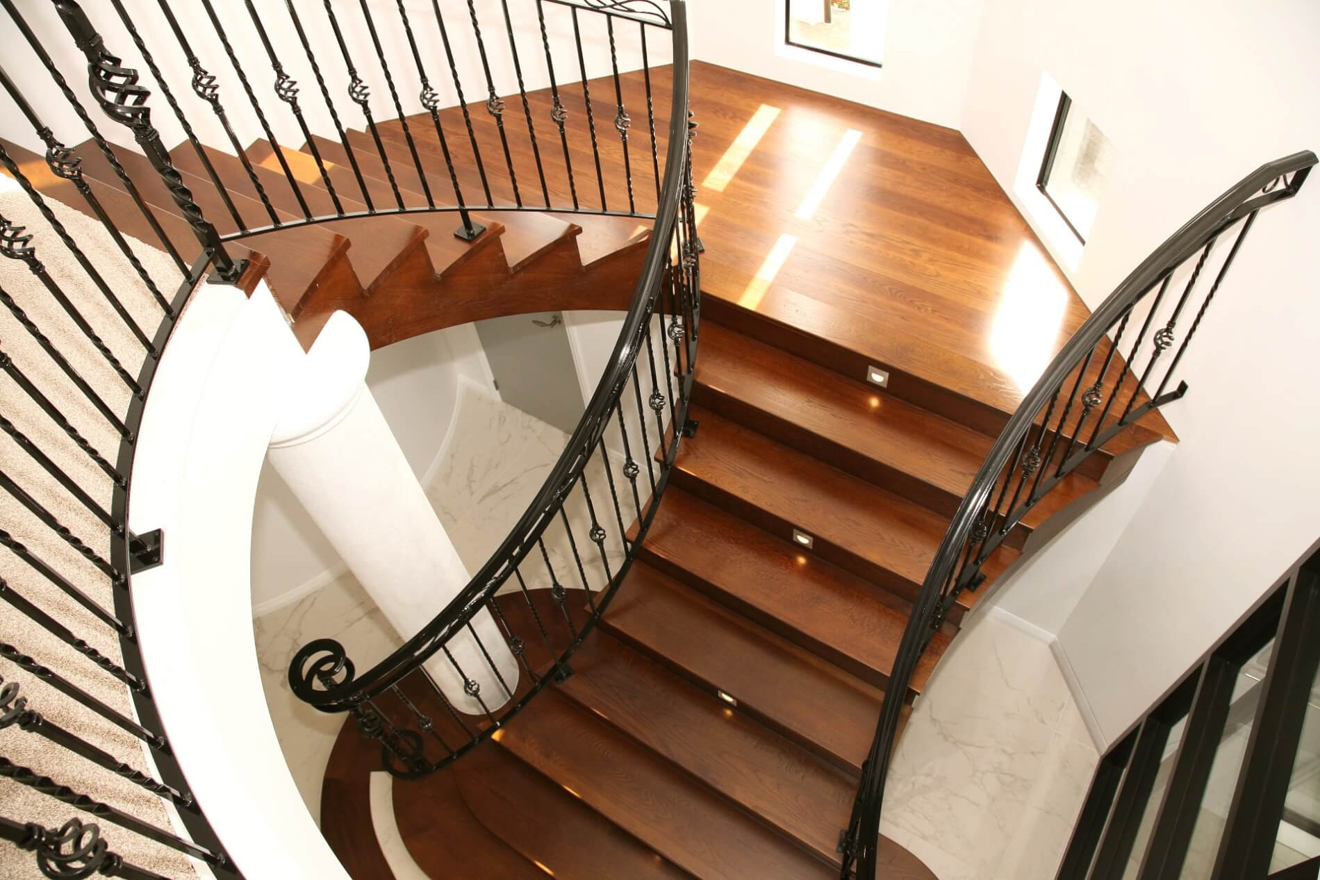 Curved Stair 8