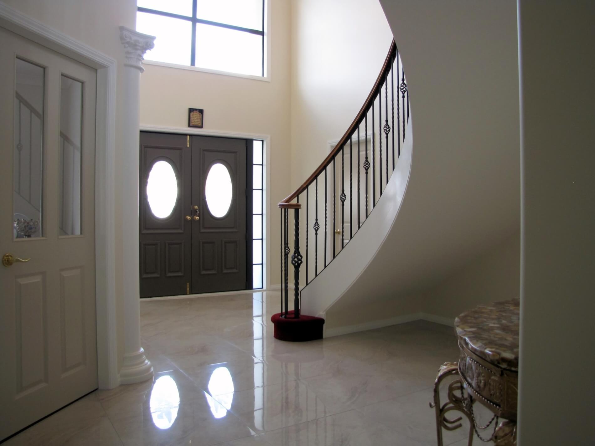 Curved Stair 9